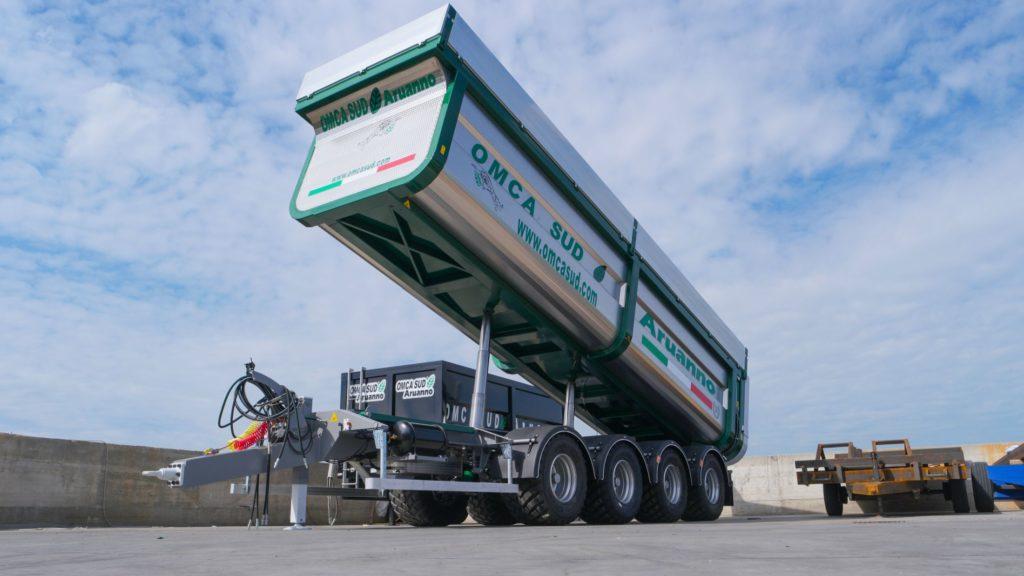 Omca2 1024x576 - La OMCA SUD Aruanno presenta il nuovissimo Dumper 4 Assi: un prodigio di tecnologia, potenza e sicurezza.